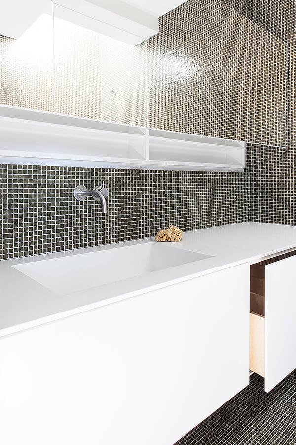 Bath O Detail 1