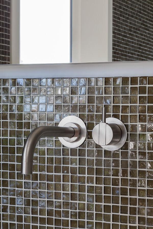 Bath O Detail 3