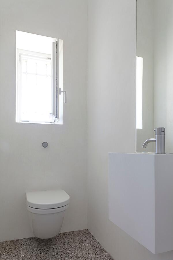 Bath W Detail 2