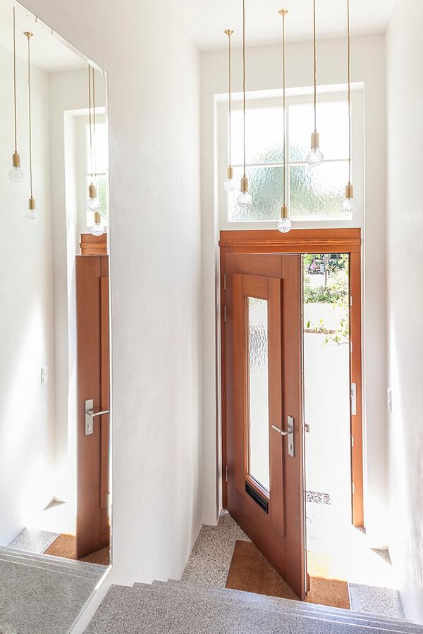 Entrance  W Detail 1