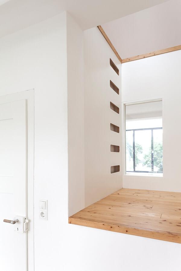Room O1 Detail 1