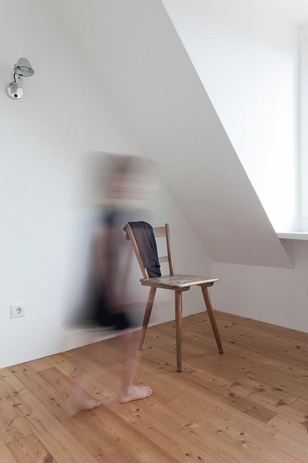 Room O1 Detail 4